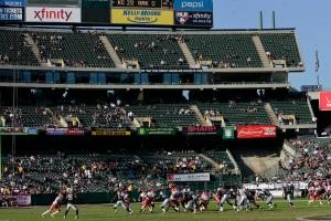 Kansas City Chiefs v Oakland Raiders