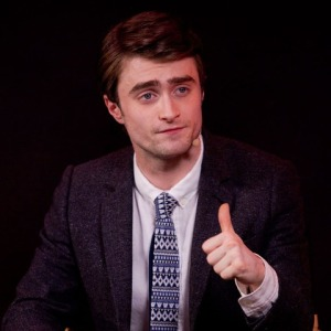 DanielRadcliffeThumbsUp