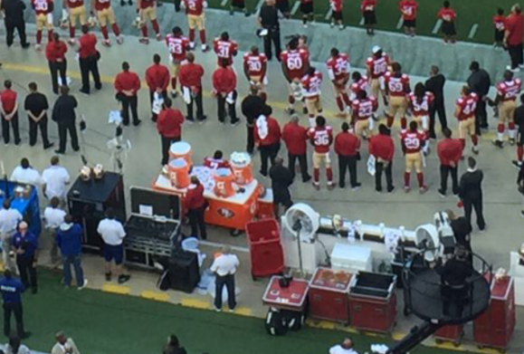 kaepernicksittingnationalanthem