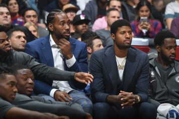 Milwaukee Bucks v LA Clippers