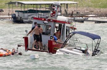 BoatsSinking